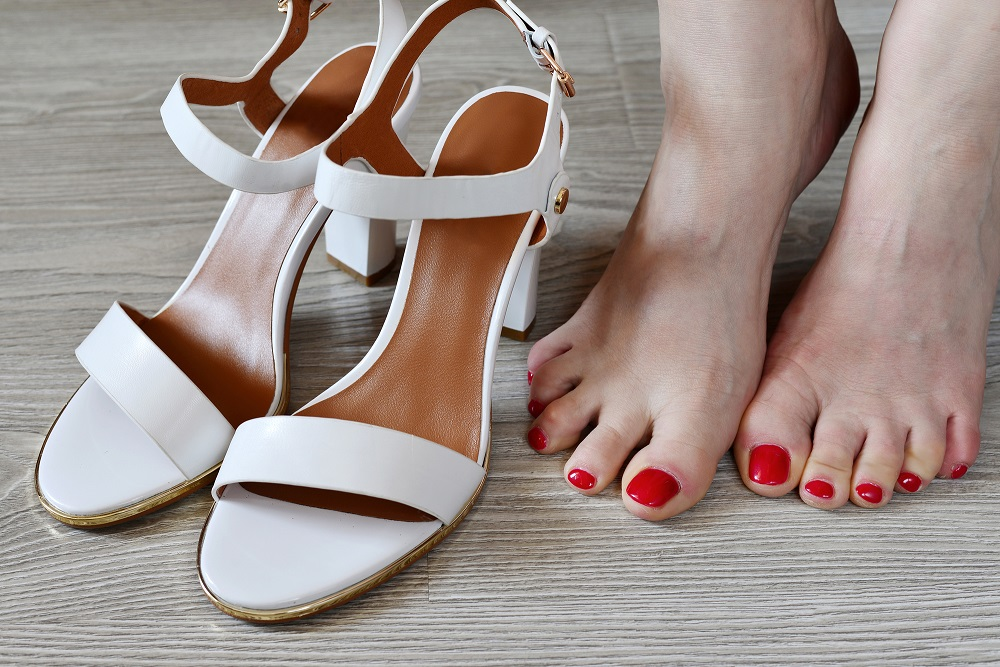 c3e35b7e9 The Dangers of Flip-Flops and High Heels - The Centers for Advanced ...
