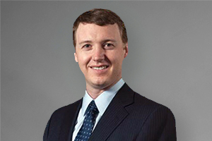Dr  Scott Faucett Brings Sports Medicine, Hip and Knee