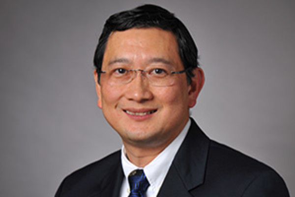 Photo of Vinh B. Tran, M.D., F.A.A.O.S.